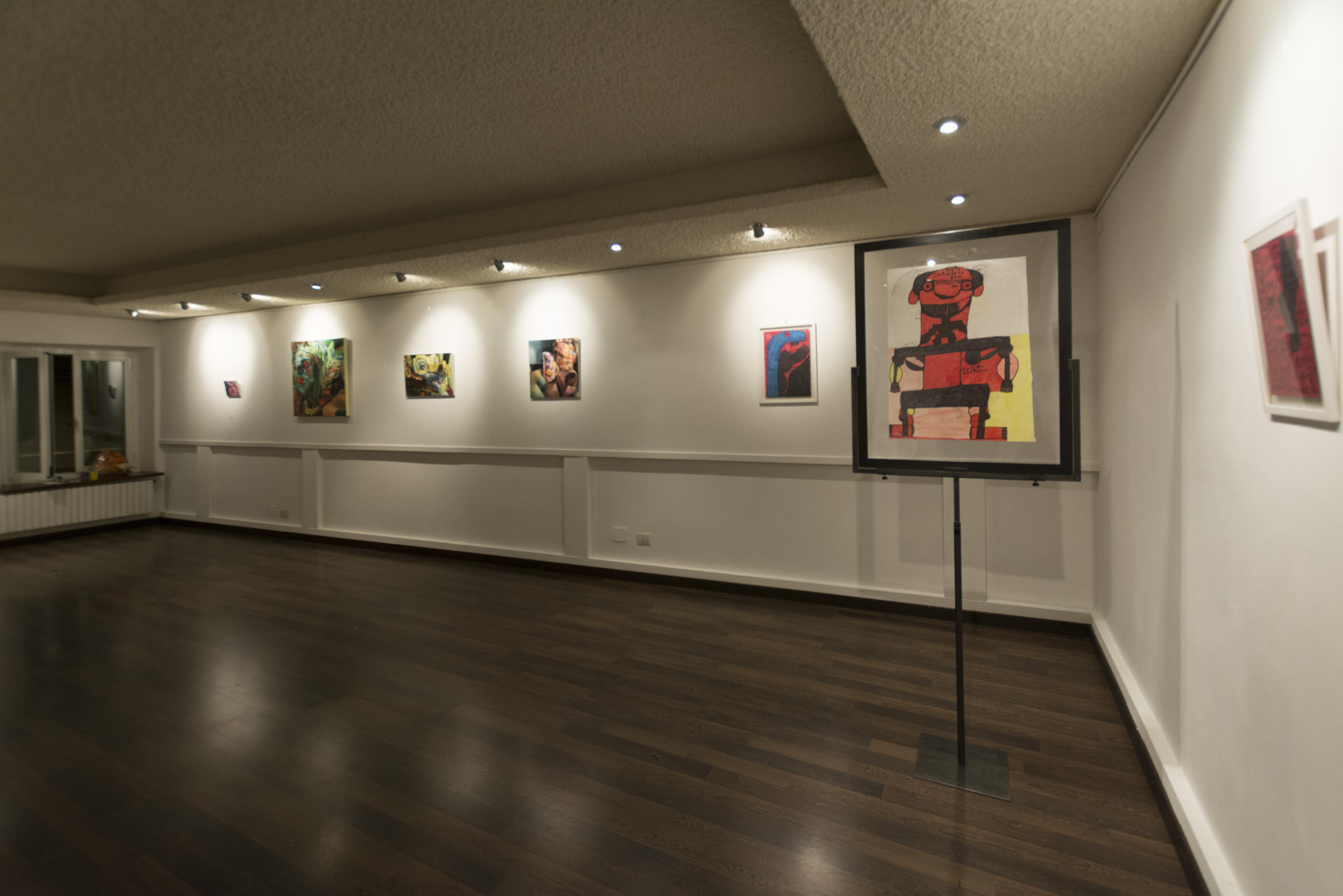 Lo spazio-progetti durante la prima mostra di Artètipi